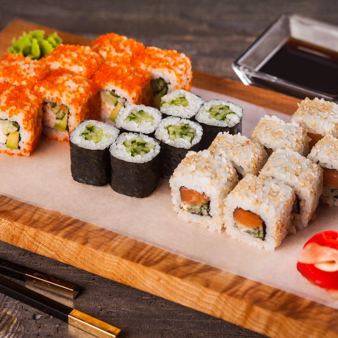 Знакомимся с японской кухней: суши, роллы и их отличия